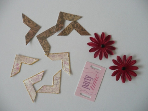 Embellishments - photo corners, Gerbera daisy fabric flowers and a card or chipboard quote tag