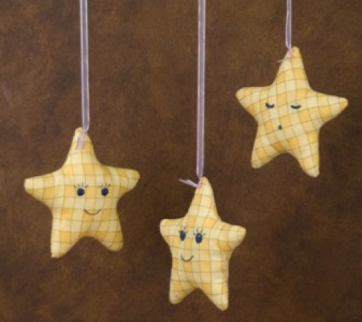 43 creative star craft ideas hubpages for How to cut a perfect star