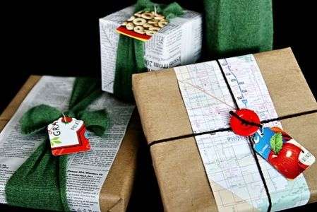 brown-bag-gift-wrapping