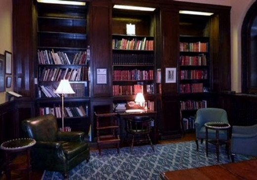 University Club of Montreal Library
