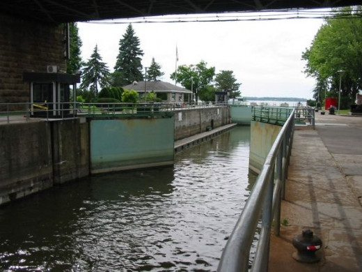 Ste-Anne canal locks
