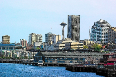 The space needle and Seattle skyline