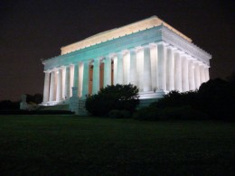 Another photo from a road trip through Washington DC of the Lincoln Memorial. Plan your trip around destinations and major cities that are close to each other to see the most!
