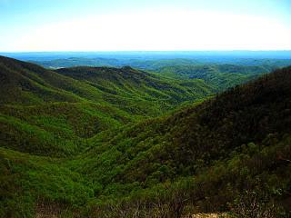 Wildcat Rock Overlook on the Blue Ridge Parkway 04/18/2010