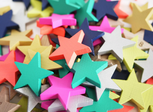 100 stars both coloured and natural