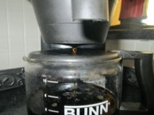 Bunn Coffee Makers - Brewing