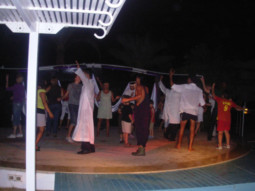 evening shows in Naama Bay