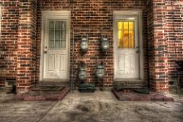 Doors in dreams meaning.
