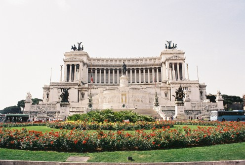 Monument to Vittorio Emanuele II and the tomb of the unknown soldier (guards and wreaths can be seen at bottom-center of the monument).