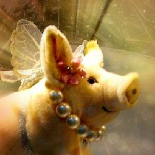 Lucky Piglet Angel - based on an image in the public domain, modified by the author.
