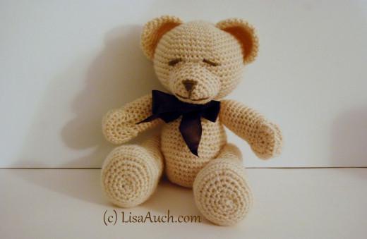Crochet Bear by LisaAuch