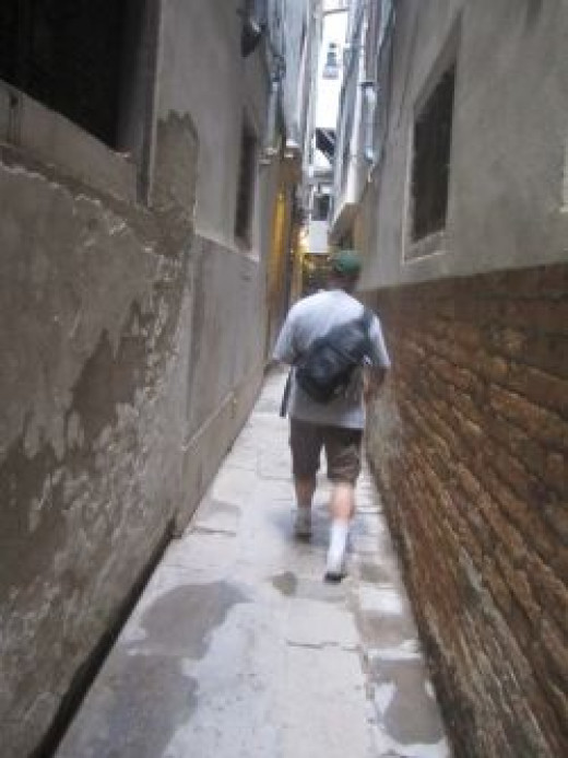 Walking the alleyways in Venice