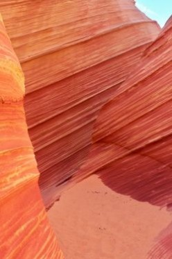 Hiking the Wave in Coyote Buttes
