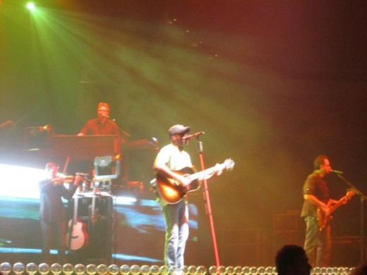 Darius Rucker and his band