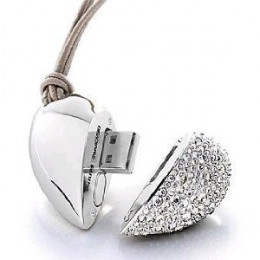 Heart Shaped Crystal USB Flash Drive