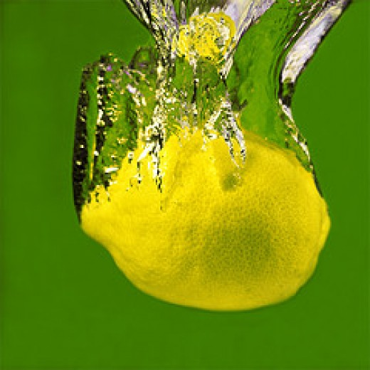 Whole lemon (Photo courtesy by Sesselja Maria from Flickr)