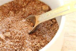Mixture of brown sugar cut with white mixed in.