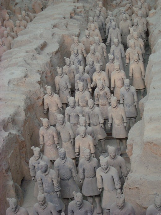 These look like toy soldiers, but each one is life-size.  All 780 000 workers and childless concubines of Emperor Qin were buried alive in a huge vault to protect the secrets of the tomb.