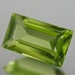 Peridot: August Birthstone