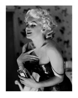 Marilyn Monroe Chanel No. 5