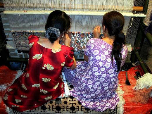Weavers in Uzbekistan