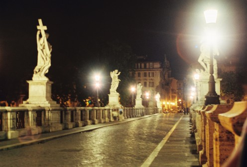 Looking down the Ponte Sant'angelo (bridge).
