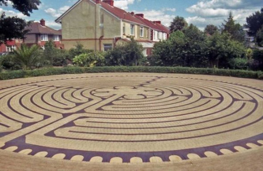 Labyrinth by Barry Shimmon