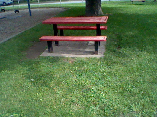 Or if you want to be out in the open there are sometimes pick-nick benches just waiting for you.