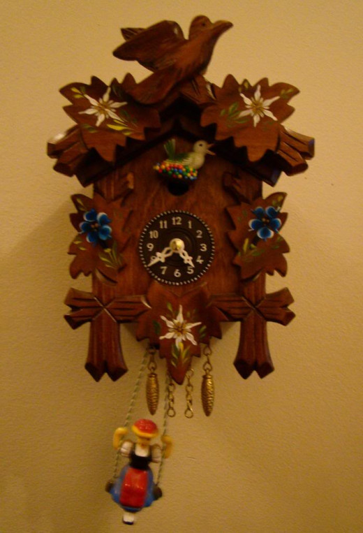 The cuckoo clock I bought in Rothenberg.