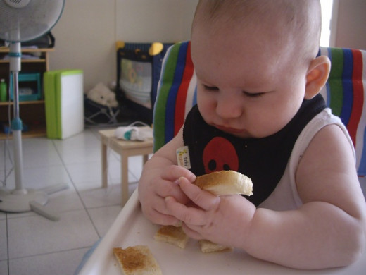 Our Baby Led Weaning journey: BLW Day 1: Bread.