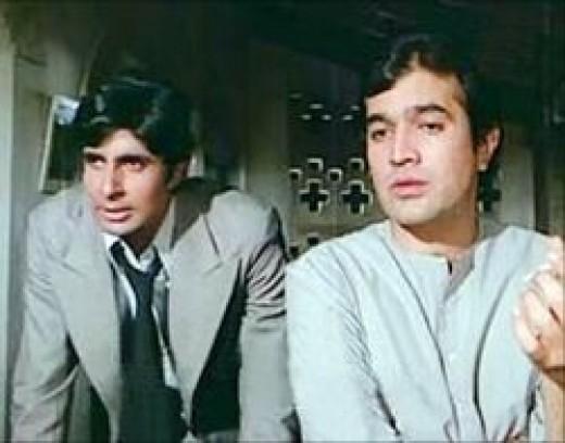 Rajesh Khanna & Amitabh Bachchan in Anand (1970)