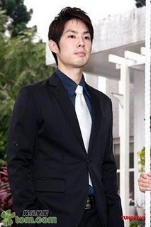 Ren Guang Xi - Mr. Playb0y - played by Vanness Wu