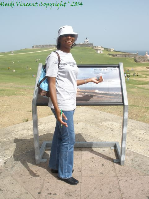 That's a sign giving an overview of the tour of El Morro.