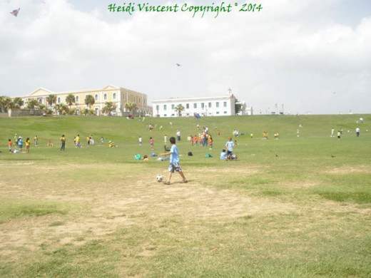 This is one view of the lovely ground around El Morro.  The day I visited there were people flying kites.