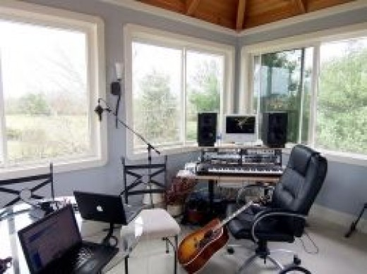Simple Bedroom Recording Studio five good, cheap usb audio interfaces for 2017 | spinditty