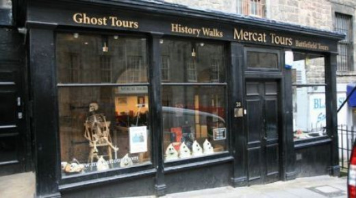 Edinburgh vaults meerkat tours