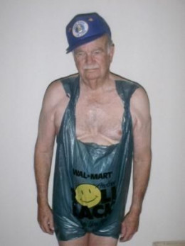 (9)  Super Grandad