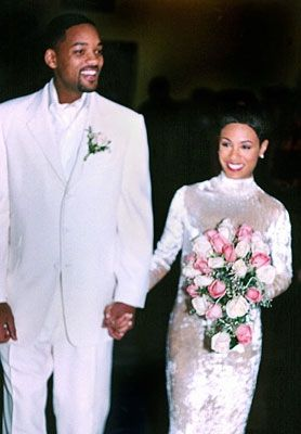 Jada Pinkett married Will Smith in 1997 wearing a crushed velvet and silk gown by Badgely Mischka. This is one of my favorite designers and a demure dress for an actress who is not afraid to show a little skin. I wish we could have seen more pictures