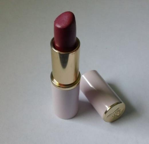 Lipstick Makeup