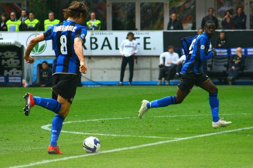 Balotelli playing alongside Zlatan Ibrahimovic at Inter Milan