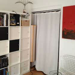 Sorry about the small image but it shows the bedroom well