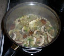 brown mushroom soup cooking