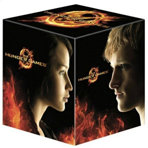 The Hunger Games 4-Disc Collector's Edition Blu-ray & DVD Boxed Set