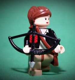 Katness Everdeen Lego Mini-figure