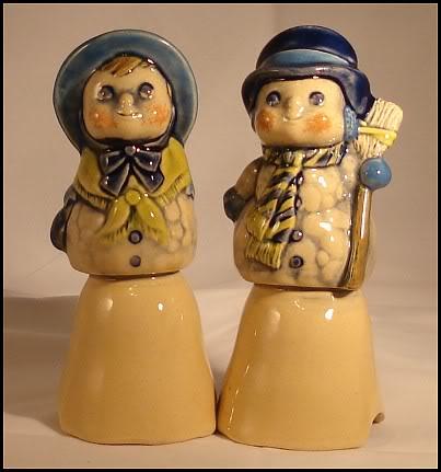 Retired Snowman and Snowlady Pie Birds by Sandhurst