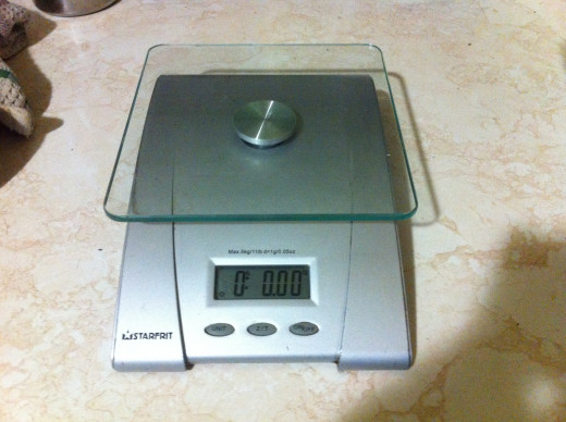 The scale looks nice on a counter top or can easily be stored in a cupboard or in a drawer.