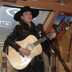 Mary Kaye: Singer, Song-writer, Live Performer