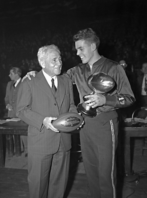 Amos Alonzo Stagg Coach of the Year 1943