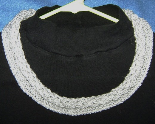 Lace cowl collar from Book 4
