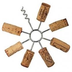 Circular wine-cork trivet